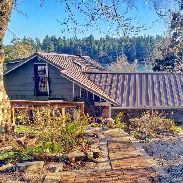 metal roof on cottage style house