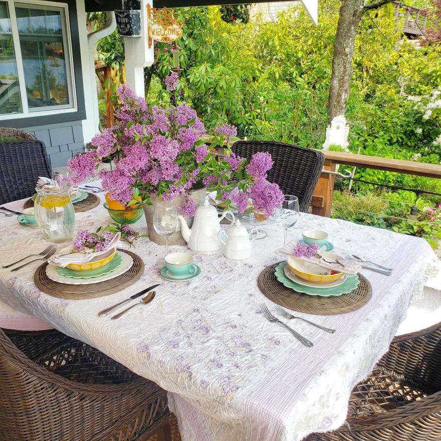 A May spring tablescape