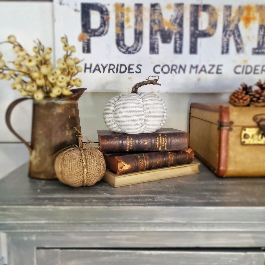 Pumpkin sign and fall vignette