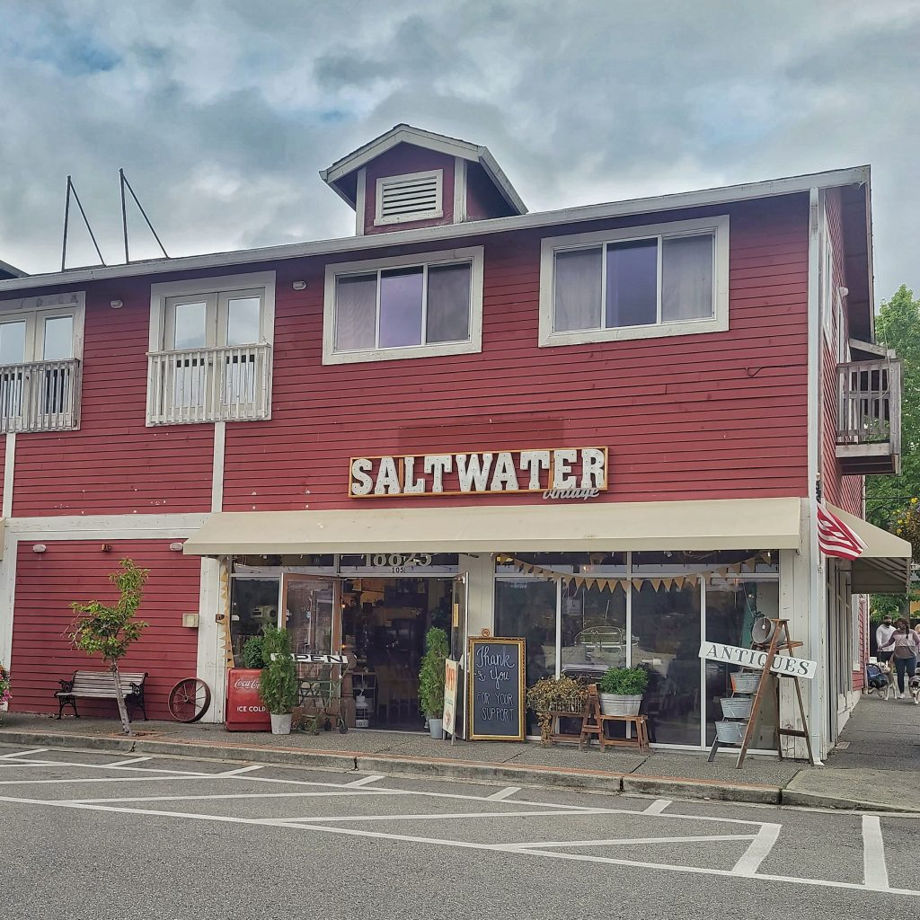 Saltwater Vintage in Poulsbo