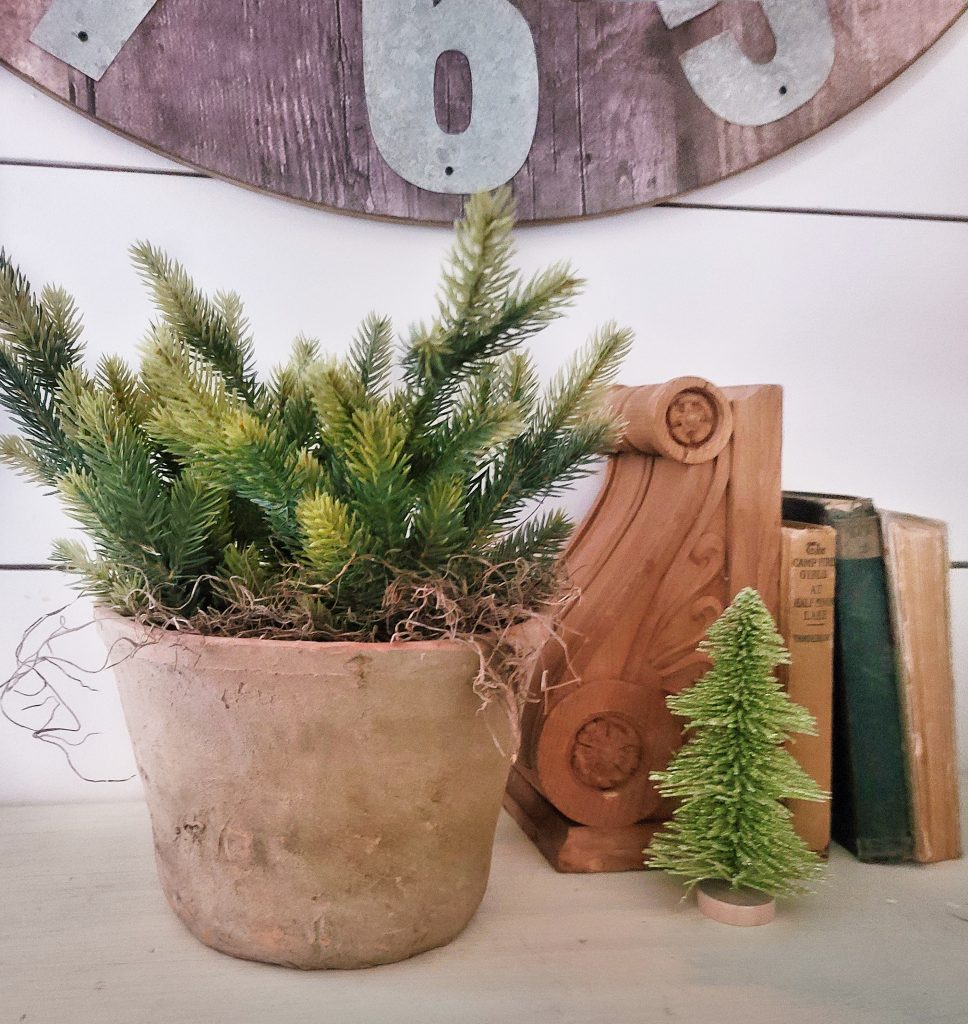 Vignette with mini Christmas tree