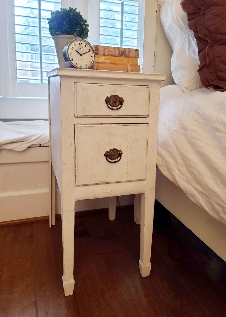 simple and easy upcycle end table project